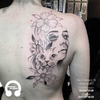 Prenota il tuo tattoo, scegli la nostra Laura Bow Whatsapp: 3402275920 #tattoo #tattoostyle #arklynstore #arklynproject  #arklyn_project #laura_bow #blackandgraytattoo