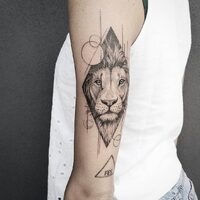 WWW.ARKLYNPROJECT.COM @laura_bow_ #brand#tattoogirl#tattooartist #arklynproject #Steel #piercing #concention#venetogram#milano#tattoo#pietra#arklynproject #tattoolifestyle  #tattoosociety #tattoomachine #tattoomachine  #inkedguys #inkedmen  #piercingaddict #piercingsofinstagram #tattoorealistic #inkedtattoo #tattooartwork #tattooartistmagazine #coveruptattoo #sketchtattoo #titaniumjewelry #freehandtattoo